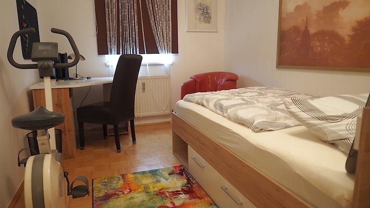 2 zimmer wohnung in wels m bliert auf zeit nr 10291. Black Bedroom Furniture Sets. Home Design Ideas